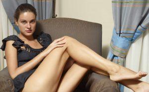 Amazing Escort With Gorgeous Legs